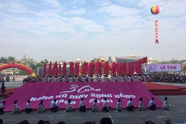 Đại lễ 30 năm thành lập chăn ga gối đệm Sông Hồng !